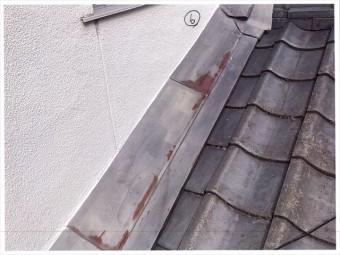 岡山市南区で雨漏り修理 板金の錆が