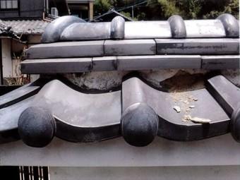 岡山市北区で塀の漆喰補修