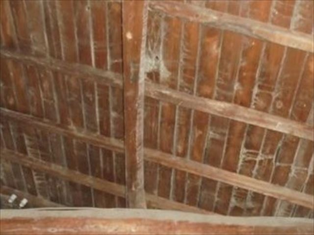 岡山市南区 雨漏り修理 雨漏り跡