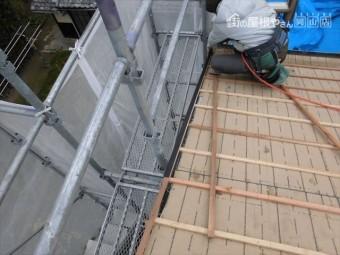 備前市 瓦屋根葺き替え工事 ケラバの板金取付け
