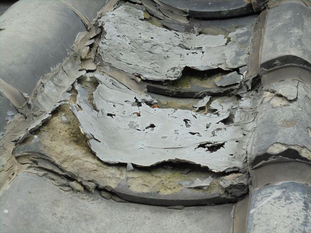 赤穂郡上郡町 トタン屋根葺き替え工事の点検 寒割れ瓦