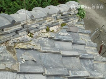 トタン屋根の下屋根の瓦葺き替え工事の