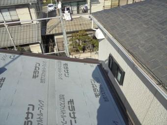 岡山市北区 スーパーガルテクトの1階の裏面の工事です。
