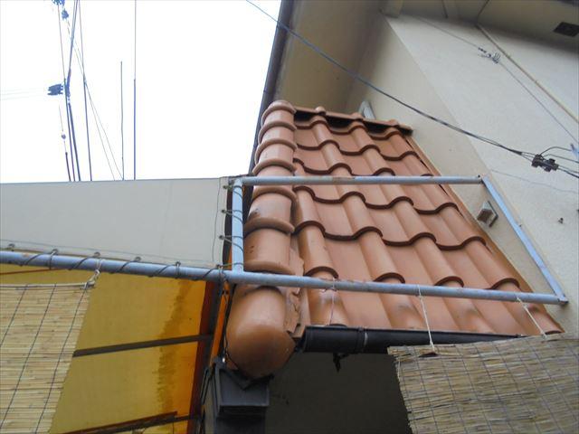 岡山市北区で台風の雨風による瓦のずれ!瓦屋根の雨漏り修理の依頼