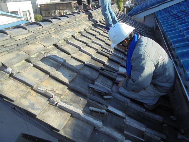 岡山市中区 雨漏り修理 突き上げ調整