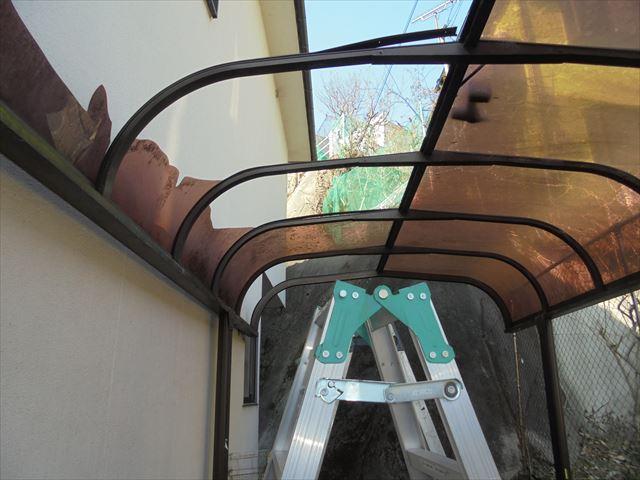 岡山市中区 カーポートの屋根材の張り替え工事前