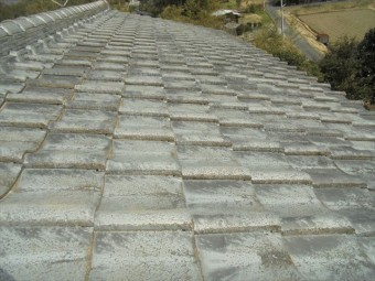 津山市で雨漏り修理。下葺き材の防水紙ルーフィング張り替え工事