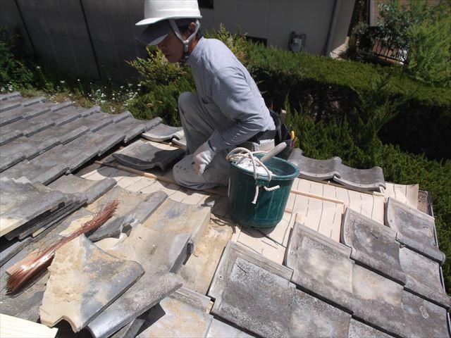 岡山市北区 雨漏り修理 隅棟解体組み立ての屋根補修工事。