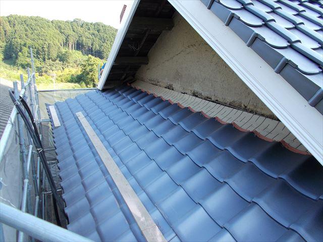 岡山県久米南町 屋根工事 屋根リフォーム 歩きやすいように足場設置