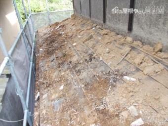 岡山県久米南町 屋根工事 屋根リフォーム 1階瓦撤去