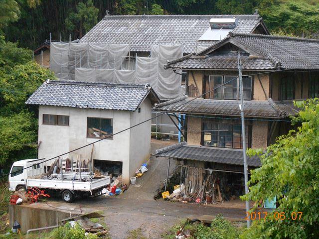 屋根工事 屋根リフォーム 安全に工事するために養生足場を設置