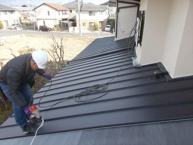 岡山市中区 カバー工法で裏面り施工