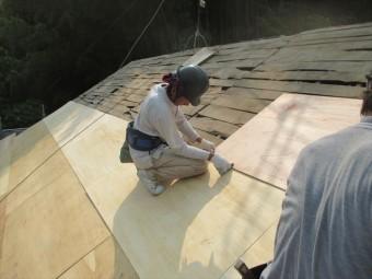岡山県久米南町 屋根工事 雨漏り修理 5.5のべニア張り