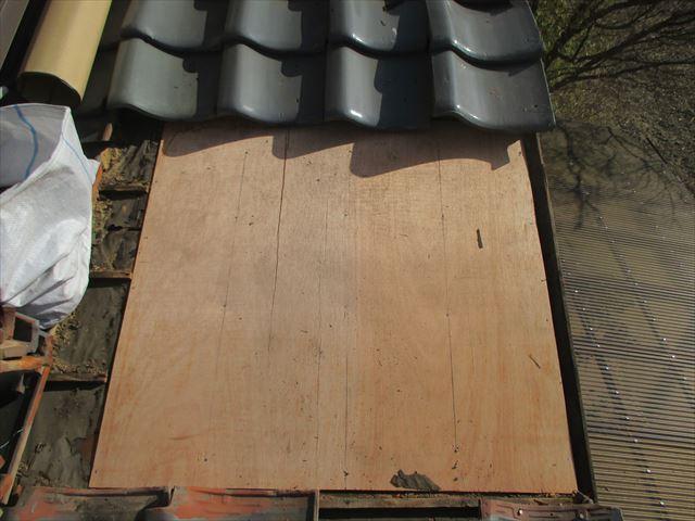 岡山市南区 瓦屋根補修工事 1階漆喰入れ替え工事
