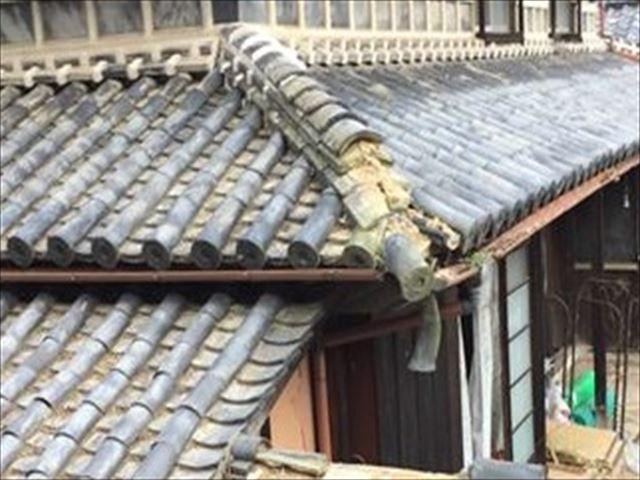 岡山市東区で屋根修理の工事の依頼です。隅棟の補修工事です。