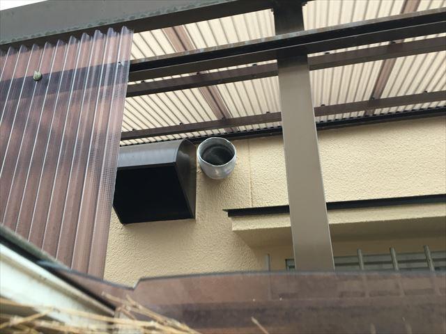 岡山市南区 カーポートの屋根修理 隣の波板取り外し
