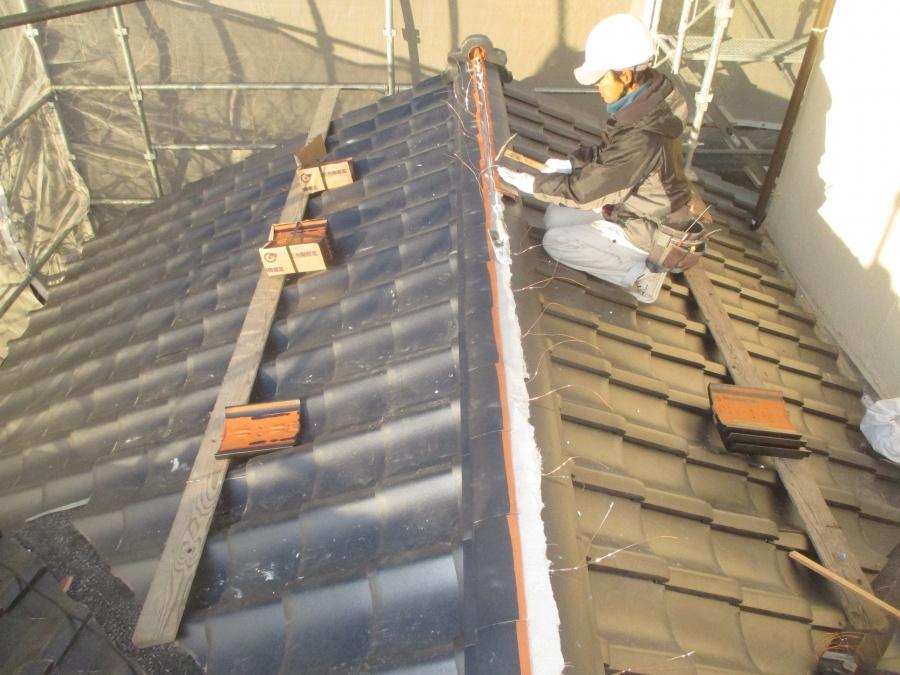 備前市 1階の棟工事ノシを施工中