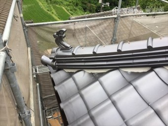 岡山県久米南町 屋根工事 屋根リフォーム 隅棟工事完成です