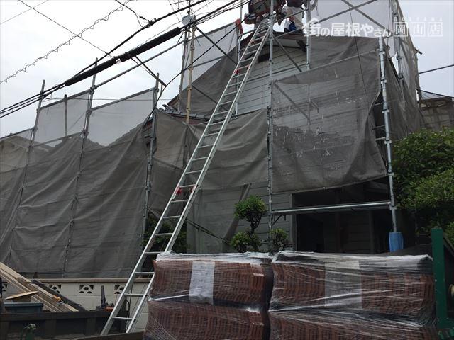 岡山市北区 屋根工事 屋根リフォーム  瓦揚げ機組み立て