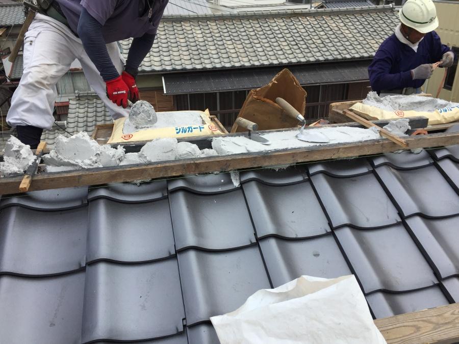 岡山市北区 屋根葺き替え工事 棟施工