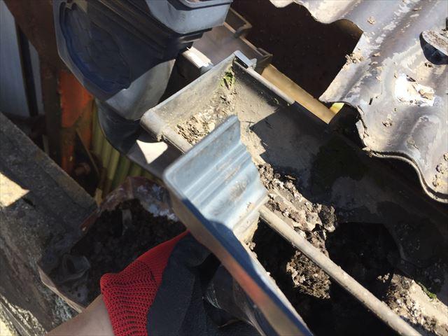 岡山市南区で集水器つまりを掃除
