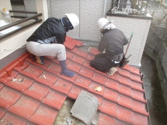 岡山市北区 瓦屋根葺き替え工事 瓦徹瓦撤去