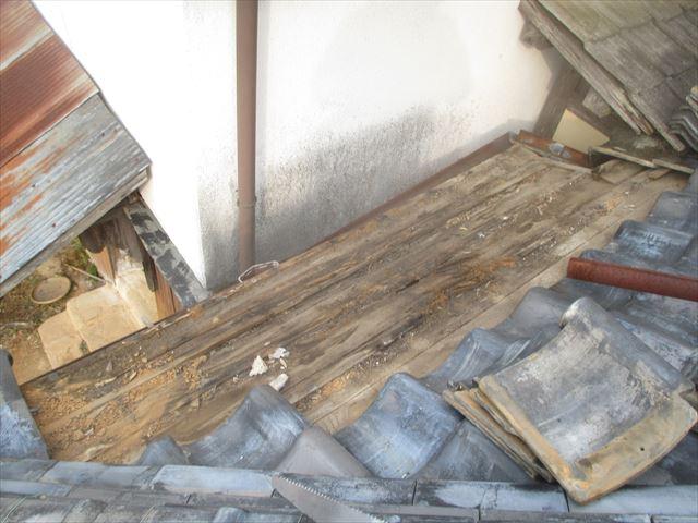 吉備中央町 雨漏り修理前