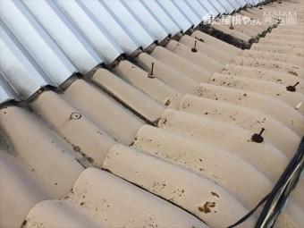 岡山市東区 スレート屋根修理の点件 釘の浮き