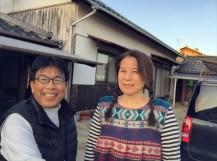 岡山市中区 屋根補修工事 お客様との写真