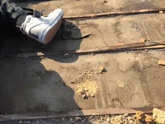 岡山市北区 瓦屋根葺き替え工事 雨漏り跡