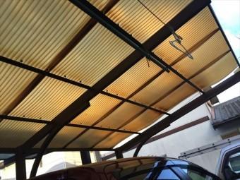 岡山市東区でカーポートの波板が飛びました。