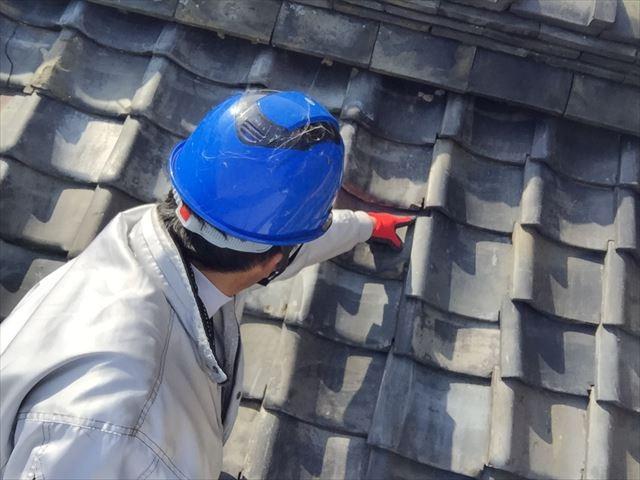 瀬戸内市 瓦葺き替え工事 屋根点検 雨漏り天井にシミ