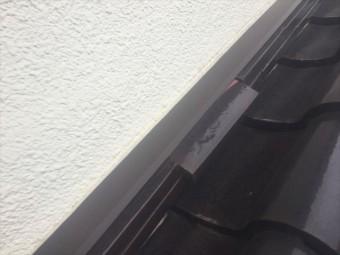 倉敷市 屋根修理壁際ののしズレてます。