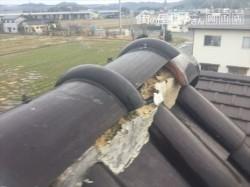 倉敷市 屋根修理棟の丸瓦ズレてます。