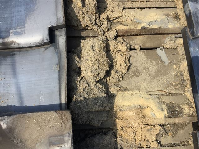岡山市北区 雨漏り跡