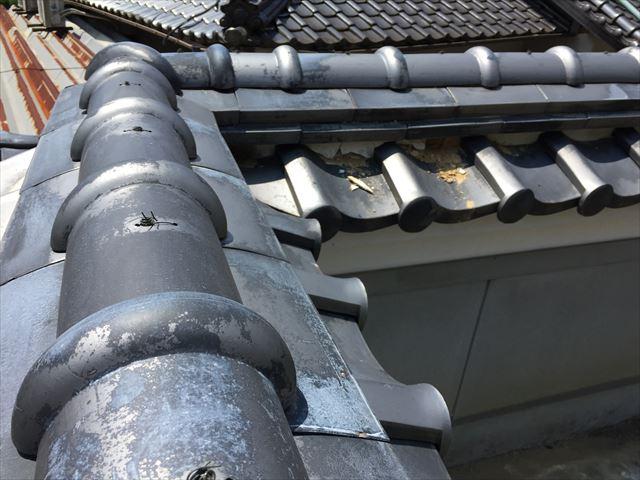 岡山市北区で塀の漆喰補修と母屋の隅棟の鬼瓦修理工事の点検
