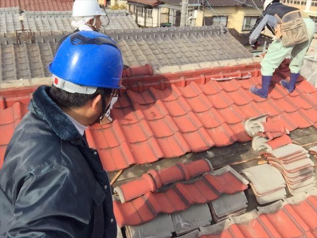 岡山市北区 屋根瓦葺き替え工事 瓦撤去