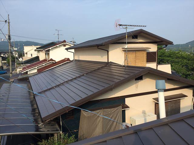 岡山市北区でかわらU撤去後カバー工法 完成