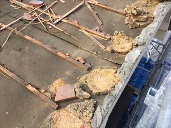 備前市 屋根瓦葺き替え 瓦撤去 下葺き材の防水紙(ルーフィング)の状態