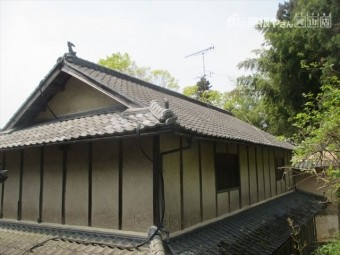 屋根工事 屋根リフォーム セメント瓦の2階建てのお宅でした