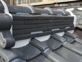 岡山市南区 屋根修繕 棟の瓦止めラバーロック工法