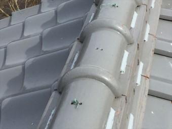 岡山市南区 瓦屋根修理 2階の瓦止めラバーロック工法