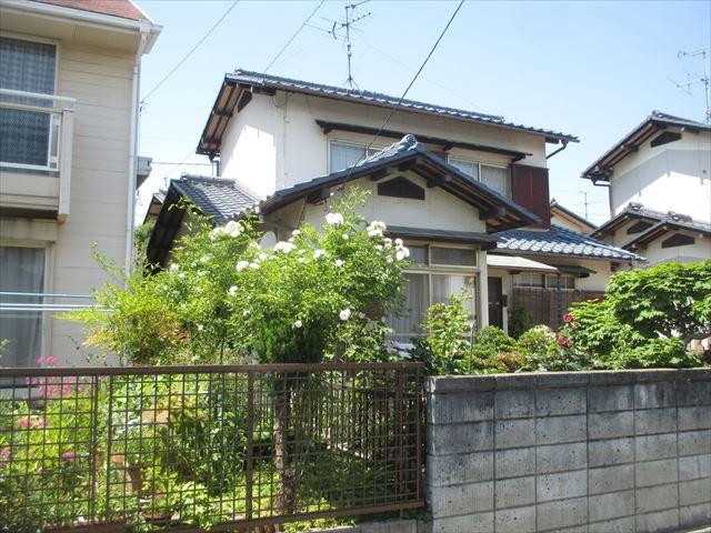 岡山市南区 屋根工事 2階建で切妻のセメント瓦点検