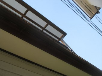 岡山県市北区 屋根工事 屋根リフォーム 2階テラスの雨樋雨漏り