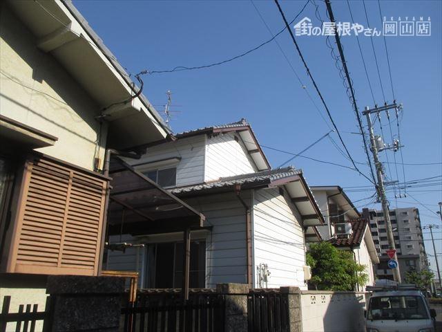 岡山県市北区 屋根工事 屋根リフォーム 工事前2階建て切妻