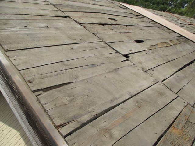岡山県久米南町 屋根工事 屋根リフォーム 防水紙、桟木撤去