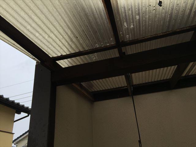 岡山市南区テラスの波板が飛びそう