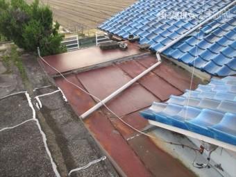 岡山市南 雨漏り修理 板金の屋根
