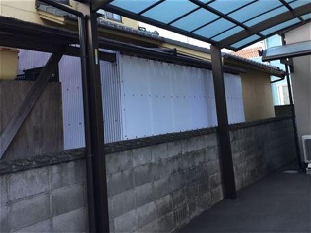 岡山市南区 雨漏り修理 ポリカ張り替え