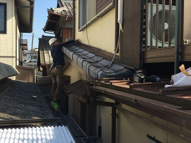 玉野市で経年劣化で雨漏りしてきたセキスイかわらUの補修工事